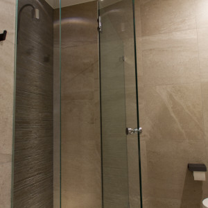 Bathroom Renovations Perth - Renovation Company - VIP Bathrooms - Glass Shower Doors