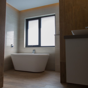 Small Bathroom Renovations Perth - Renovation Company - VIP Bathrooms - Modern Bathtub Style