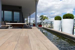 Bathroom Renovations Perth - Renovation Company - VIP Bathrooms - Outdoor Water Feature