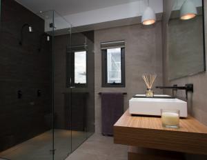 Bathroom Renovations Perth - Renovation Company - VIP Bathrooms - Budget Bathroom Renovators WA