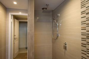 Bathroom Renovations Perth - Renovation Company - VIP Bathrooms - Small Shower Bath Tiling
