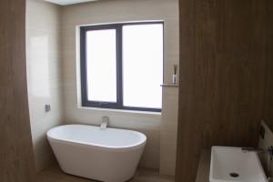 Small Bathroom Renovations Perth - Renovation Company - VIP Bathrooms - Bath Suite